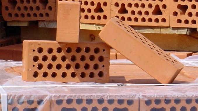 керамического кирпича