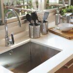 Выбираем кухонную мойку: лучший материал, форма и тип установки.