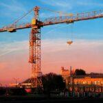 Аренда башенного крана: возможности и выгода
