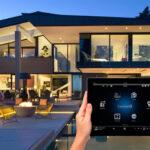 Інтелектуальне освітлення території приватного будинку. Перші кроки та поради